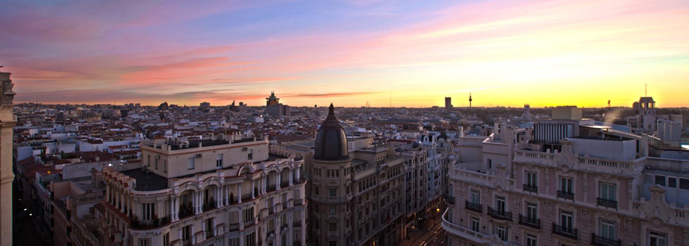 Location puerta del sol madrid hotel moderno for Hotel moderno madrid booking
